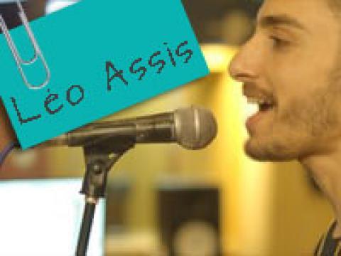 Vídeo Clipe: Hoje eu tô inédito - Léo Assis